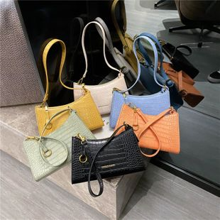 new simple wild crocodile pattern French stick armpit bag female foreign style fashion solid color hand shoulder bag nihaojewelry wholesale NHPB222969's discount tags