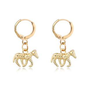 mode tendance personnalité bijoux rétro punk poney boucles d'oreilles argent antique en trois dimensions animaux petites boucles d'oreilles boucle d'oreille en gros nihaojewelry NHGO223386's discount tags