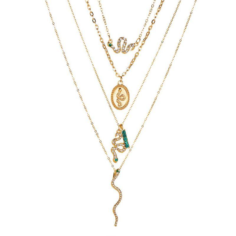 nouveau collier personnalit collier multicouche serpent serpent quatre couches ovale en forme de serpent pendentif avec diamant en forme de serpent collier en gros nihaojewelry NHMO223461