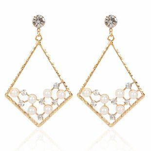 fashion style fashion imitation pearl earrings personality simple diamond geometric earrings wholesale nihaojewelry NHCT223476's discount tags