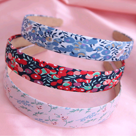 Korean fashion sweet and versatile idyllic floral super fairy hair accessories headdress hair hoop headband wholesale nihaojewelry NHSC224466's discount tags