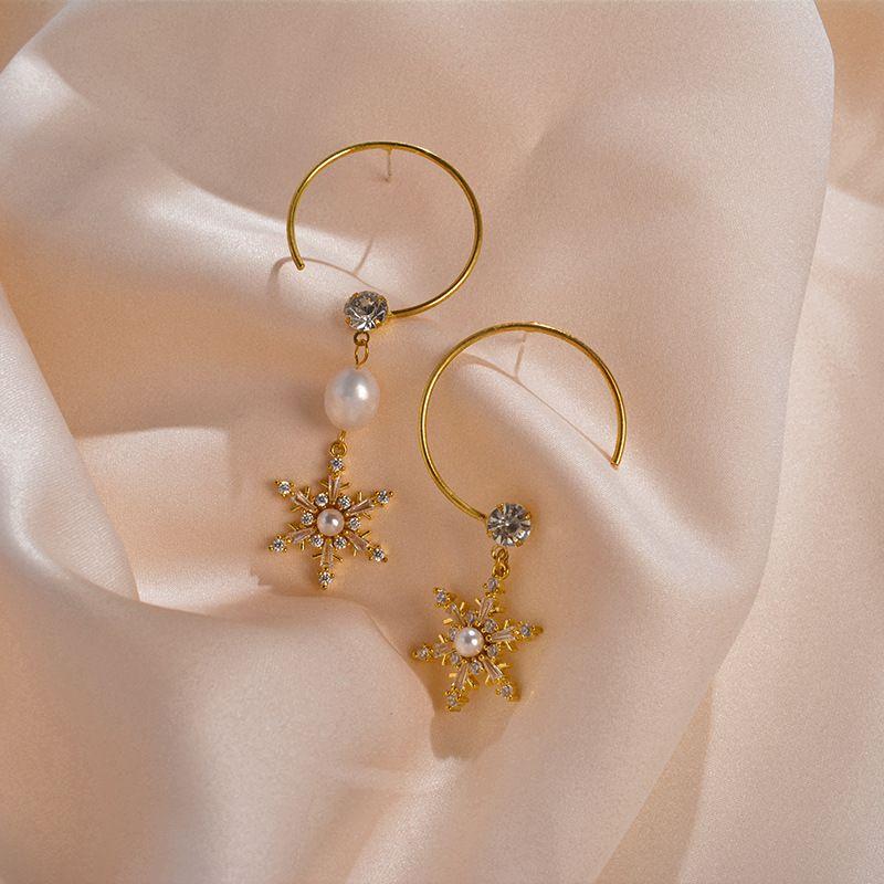 Snowflake Diamond Earrings Asymmetric Exaggerated Geometric Round Earrings Sweet Girl Heart Pearl Earrings 925 Silver Pin wholesale nihaojewelry NHWF223622