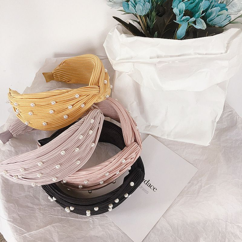 Korean fashion simple wild pearl cross hair hoop head buckle hair accessories headdress wholesale nihaojewelry NHHI223660