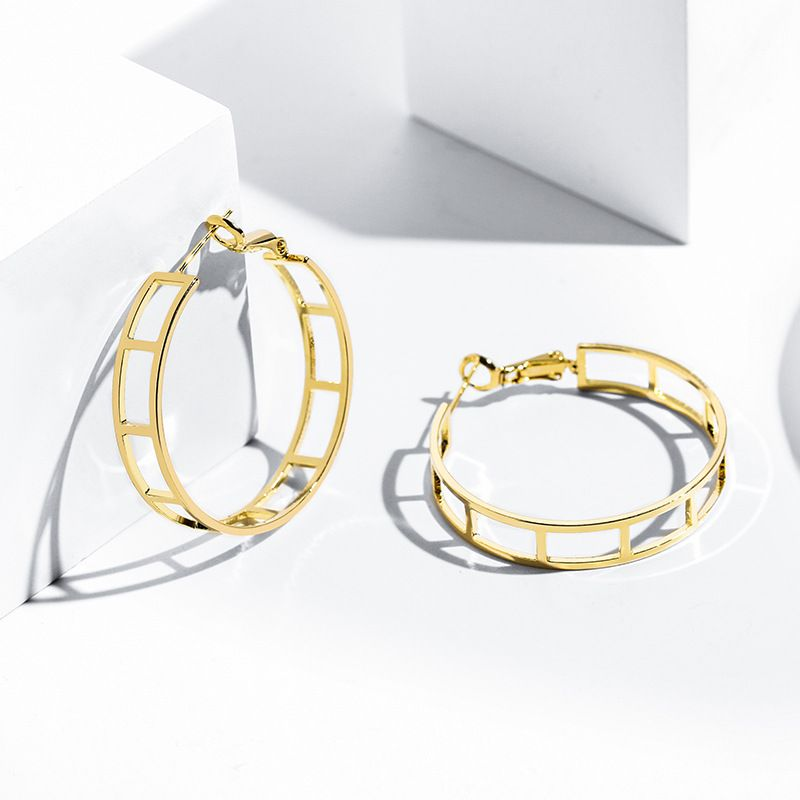 fashion simple  design sense geometric exaggerated decorative earrings wholesale nihaojewelry NHPP223667