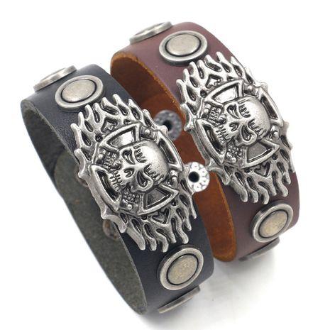 Bracelet personnalisé mode coréenne hipsters accessoires simple et polyvalent rétro bracelet en cuir noir large bracelet en cuir punk en gros nihaojewelry NHHM223684's discount tags