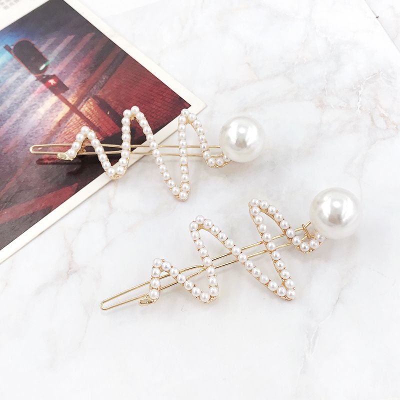 Japanese personality girl heart pearl hairpin side clip word clip broken bangs hairpin Korean head jewelry wholesale nihaojewelry NHDQ223894