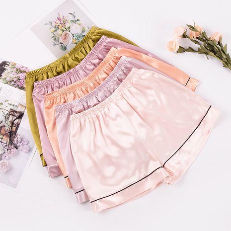 Pantalones caseros Pijamas Mujeres Pantalones cortos casuales Seda de verano Pantalones de casa de seda de hielo suelto fino al por mayor nihaojewelry NHJO230299's discount tags