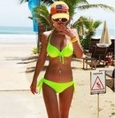 deslumbrante fluorescente verde sexy con aros bikini traje de bao bikini multicolor al por mayor nihaojewelry NHHL230533