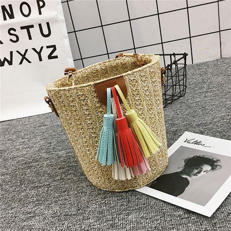 nouvelle ceinture de pompage tissé seau sac de mode gland sac de paille loisirs simple sac à bandoulière en gros nihaojewelry NHXC233901's discount tags