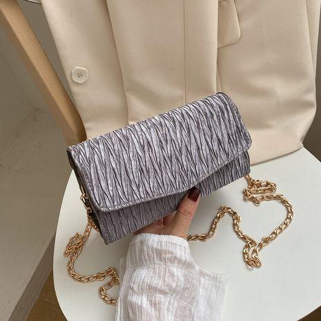 Nouveau été texture plier petit sac nouvelle tendance populaire chaîne épaule sac de messager en gros nihaojewelry NHXC233920's discount tags