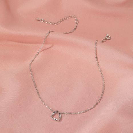 Minimalist style twisted triangle necklace wild hollow geometric wave clavicle chain wholesale nihaojewelry NHDP233636's discount tags