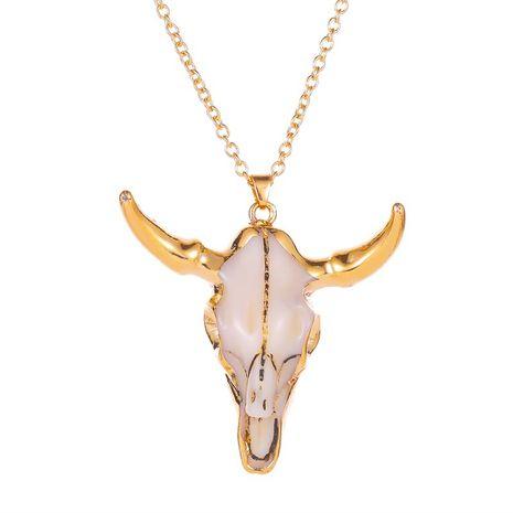 nouveau rétro style national imitation os de vache collier dominateur sac or taureau tête pendentif collier dames chandail chaîne en gros nihaojewelry NHMO233984's discount tags