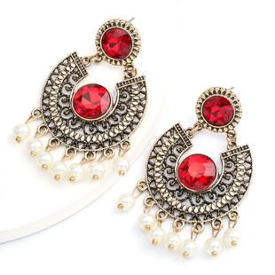 arc alloy retro carved glass diamond pearl tassel earrings bohemian ethnic style wholesale nihaojewelry NHJE234040's discount tags