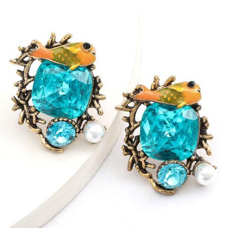 créatif en forme de corail en alliage gouttes de poissons tropicaux super flash en verre diamant boucles d'oreilles en gros nihaojewelry NHJE234053's discount tags