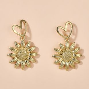new golden love small daisy sun flower chrysanthemum sunflower earrings wholesale nihaojewelry NHGY234104's discount tags