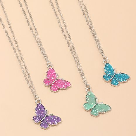 jewelry new small butterfly single-layer necklace romantic sequin pendant wholesale nihaojewelry NHNZ234135's discount tags