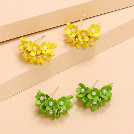 Korean fashion new creative flowers C-shaped earrings simple trend pearl earrings wholesale nihaojewelry NHKQ234251's discount tags