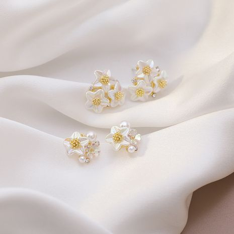 Pendiente new wave sense flor pendientes de perlas 925 pendientes de aguja de plata al por mayor nihaojewelry NHMS234325's discount tags