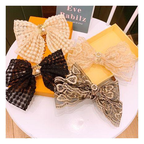 Corée nouvelle dentelle rétro strass abeille arc fée sauvage rétro haut clip bord clip ornement en gros nihaojewelry NHHD234367's discount tags