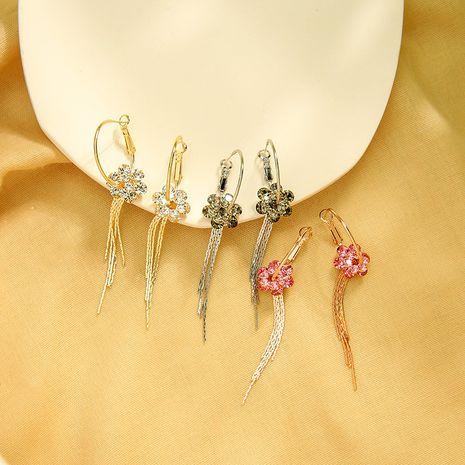 Pendientes largos súper hadas pendientes de flor de diamante 925 pendientes de borla de aguja de plata al por mayor nihaojewelry NHQD234468's discount tags