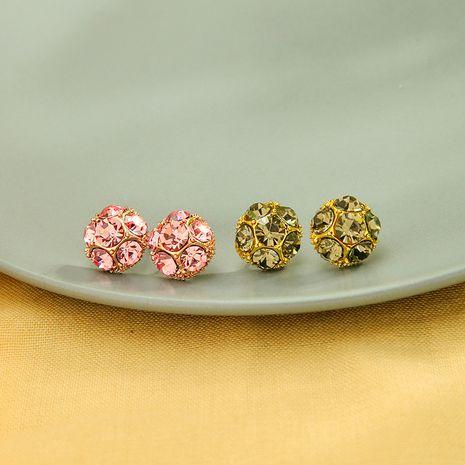 creativo lleno de pendientes de diamantes pendientes retro Coreano 925 aguja de plata pendientes de bola de geometría al por mayor nihaojewelry NHQD234470's discount tags