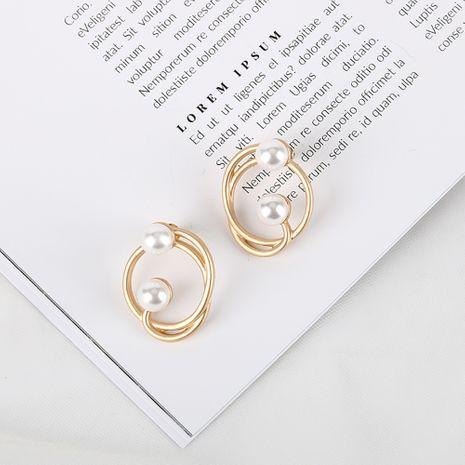 Nuevo estilo coreano S925 pendientes de aguja de plata pendientes simples irregulares al por mayor nihaojewelry NHQS234549's discount tags