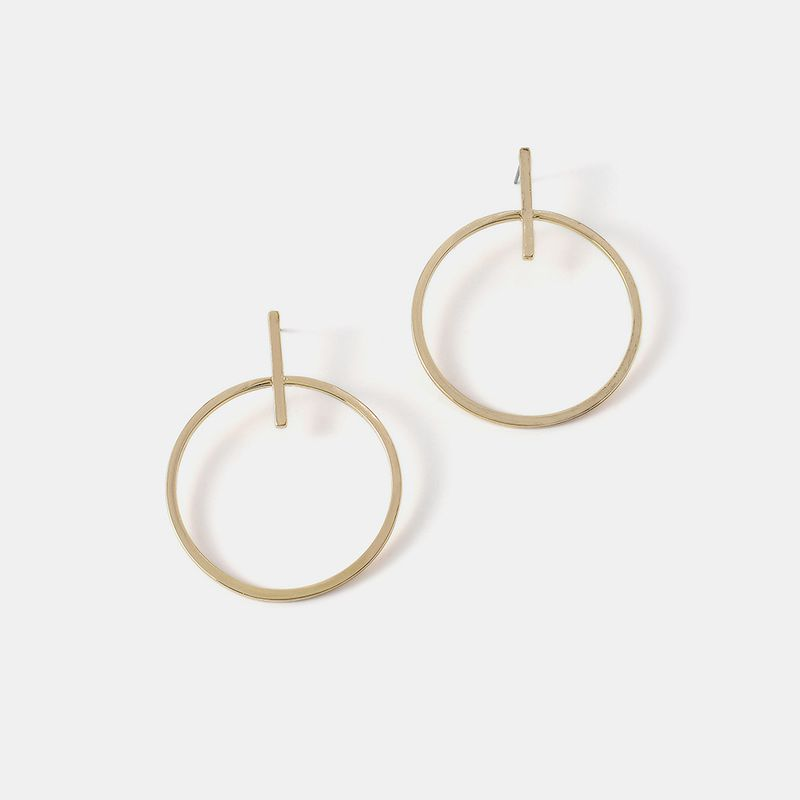 new simple and elegant temperament hollow earrings fashion street shooting earrings wholesale nihaojewelry NHQS234557
