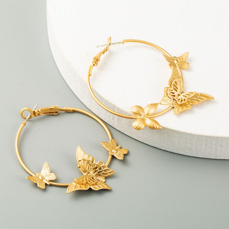 hot selling creative butterfly earrings electroplating sub-gold alloy earrings S925 silver needle earrings wholesale nihaojewelry NHLN234661