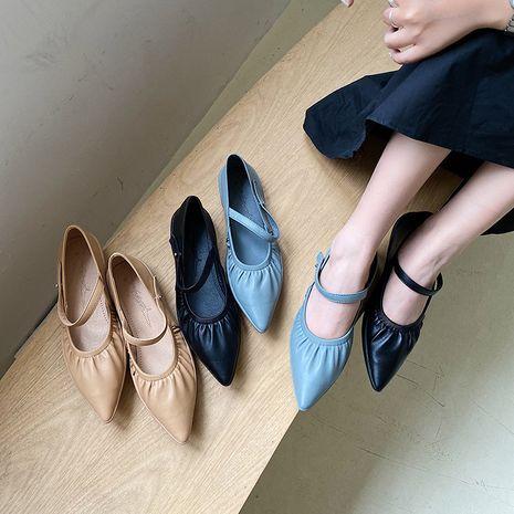 Coréenne nouvelle mode automne chaussures à talons bas femmes pointu pois chaussures en gros nihaojewelry NHHU234912's discount tags