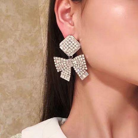 Serie de cadena de garra Multi-capas Square Butterfly Combinado Rhinestones Pendientes exagerados al por mayor nihaojewelry NHJE235053's discount tags