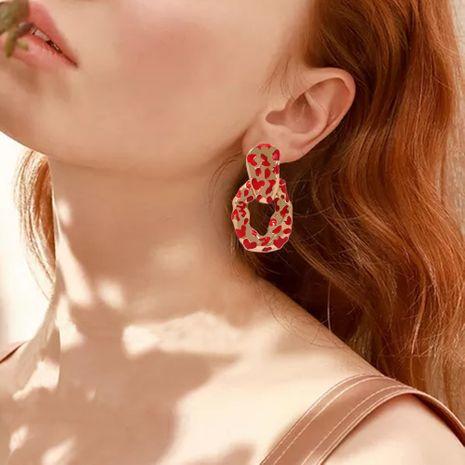 Venta caliente pendientes exagerados pendientes de chapado en aleación irregular pendientes largos de moda al por mayor nihaojewelry NHMD235120's discount tags