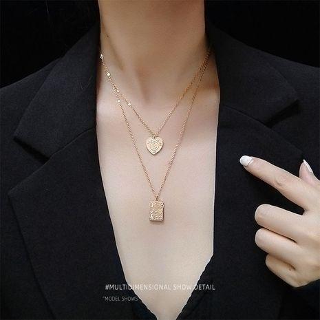 K cartes à jouer inspiration Peach Heart Square clavicle collier plaqué or couleur en gros nihaojewelry NHOK235141's discount tags