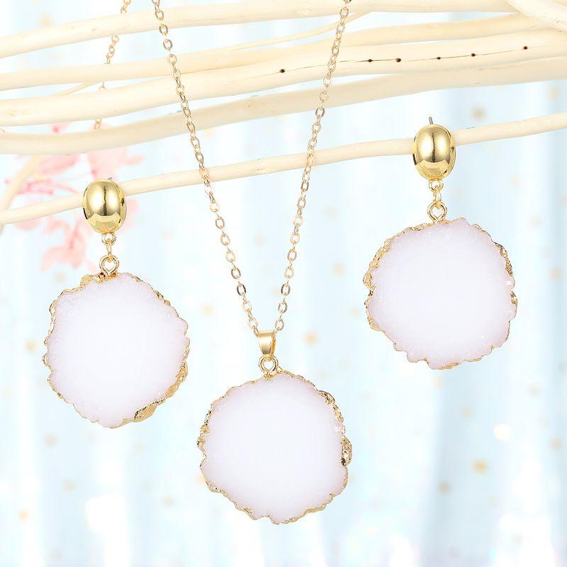 fashion jewelry white sun flower pendant necklace imitation natural stone ladies sweater chain resin wholesale nihaojewelry NHGO235277