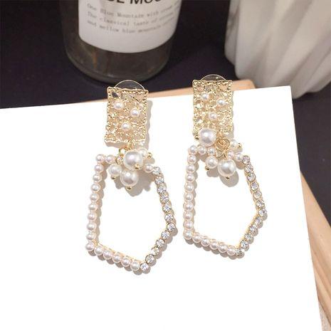Moda coreana pequeños pendientes de perlas pendientes de plata de moda al por mayor nihaojewelry NHFT235334's discount tags