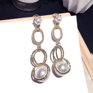 Korea new fashion simple retro geometric pearl pendant silver needle earrings wholesale nihaojewelry NHFT235384's discount tags