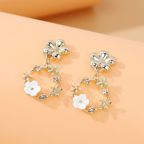 Korean fashion creative personality temperament wild rhinestone wreath earrings nihaojewelry wholesale   NHPS235623's discount tags
