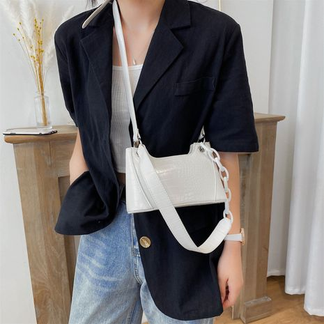 new one-shoulder underarm bag women's popular new trendy  all-match cross-body baguette bag wholesale NHXC235825's discount tags