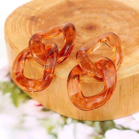 Rétro longue chaîne brun acrylique boucles d'oreilles géométrique multicouche résine boucles d'oreilles bijoux en gros nihaojewelry NHLA230816's discount tags