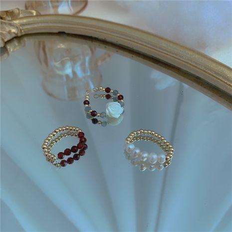Français rétro perles de millet perle lumière de luxe bague fleur bague en cristal en gros nihaojewelry NHYQ230854's discount tags