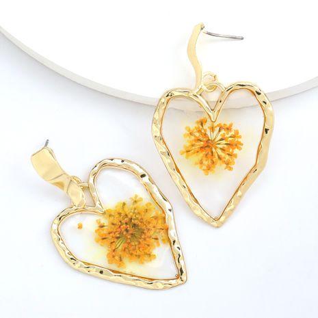 vente chaude mode amour en forme de coeur résine incrusté fleur boucles d'oreilles en gros nihaojewelry NHJE230898's discount tags