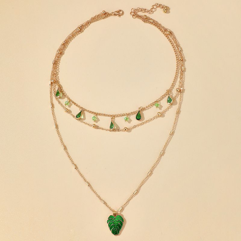 Fashionable Simple Light Luxury Emerald Water Drop Diamond Necklace Fashion Commuter Leaf Pendant Necklace wholesale nihaojewelry NHGY230922
