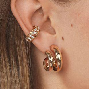 pendientes de moda nuevo clip de hueso de oreja en forma de C venta caliente pendientes de diamantes de punto de aleación al por mayor nihaojewelry NHLL230958's discount tags