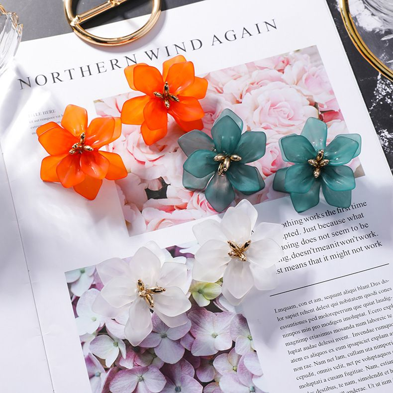 Korean baroque super fairy retro style flower big earrings fashion wild exaggerated earrings wholesale nihaojewelry NHXI230971