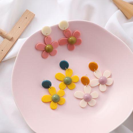 fille mode fleur boucles d'oreilles pétales littéraires Harajuku daisy boucles d'oreilles couleur bonbon boucles d'oreilles en gros nihaojewelry NHMS231049's discount tags