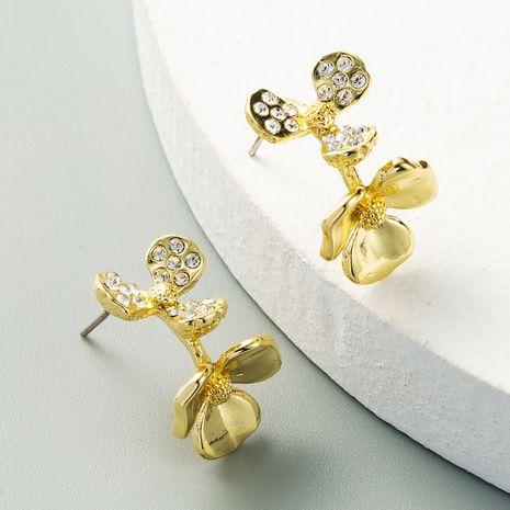 nouvelles boucles d'oreilles en forme de C fleur boucles d'oreilles célébrité street shooting mode boucle d'oreille en gros nihaojewelry NHLN231137's discount tags
