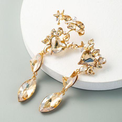 exagéré boucles d'oreilles en perle d'or alliage incrusté de verre diamant super flash boucles d'oreilles longues en gros nihaojewelry NHLN231147's discount tags