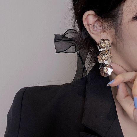 bijoux de style de mode baroque vintage pétales de fleurs acryliques diamant violet longues boucles d'oreilles en gros nihaojewelry NHYQ235958's discount tags