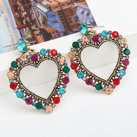 Moda Color Diamond Series Amor en forma de corazón de aleación de diamantes de imitación Retro Pendientes al por mayor nihaojewelry NHJE235994's discount tags