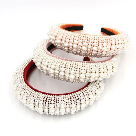 Baroque headband fashion hair accessories headband handmade pearl metal catwalk street shooting hairband CI nihaojewelry NHCO236278's discount tags