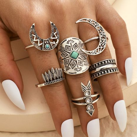 Retro fashion all-match alloy totem leaf moon arrow ring 6-piece set alloy hollow horn ring wholesale nihaojewelry NHGY236376's discount tags